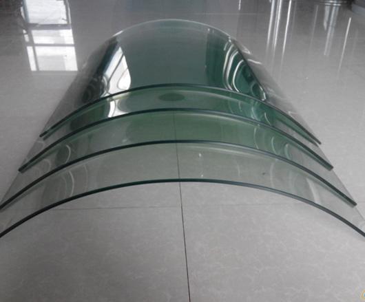 桂林弯钢化玻璃